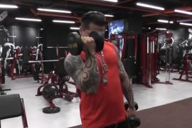 健身房肱二头肌磨炼要领 强健手臂一步到位